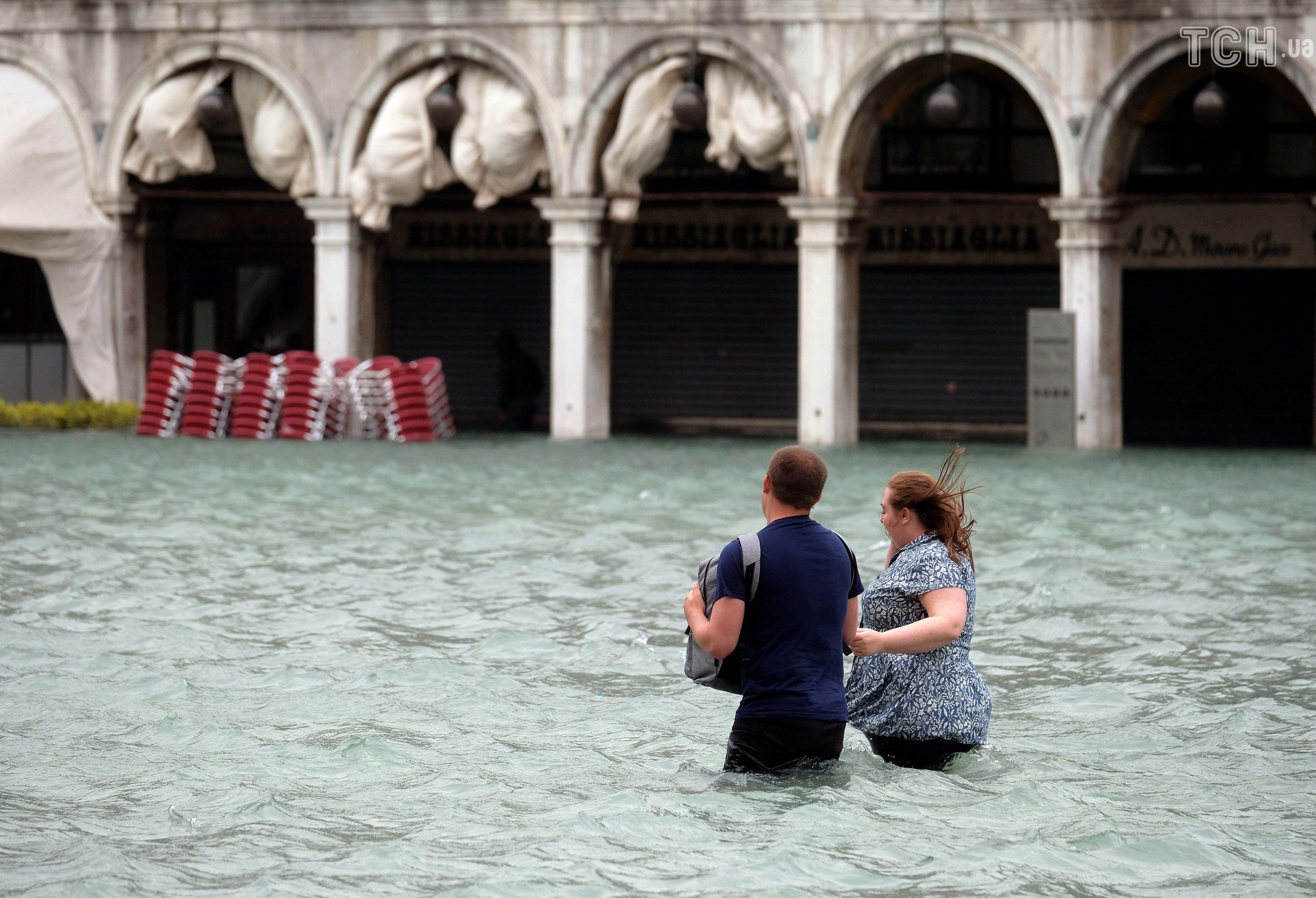 Из-за наводнения 70% Венеции оказалось под водой! Вот жуткие фото Город на воде ушёл под воду.