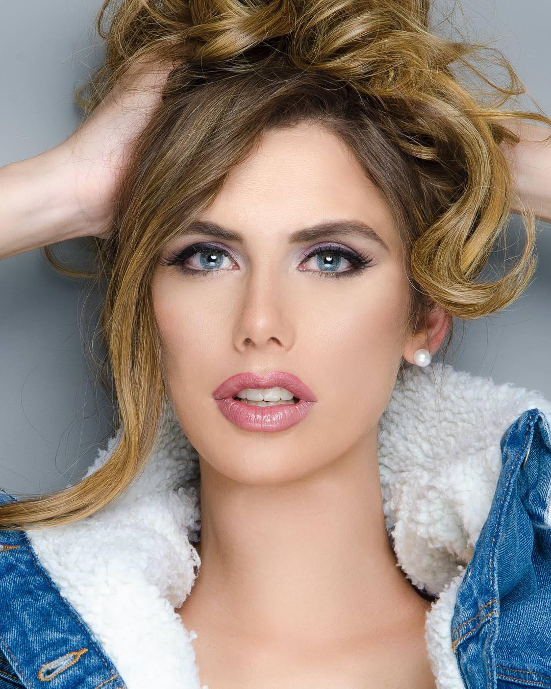 На «Мисс Вселенная» впервые будет женщина, которая раньше была мужчиной. Вот фото О времена, о нравы!
