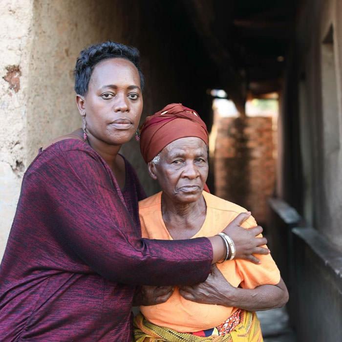 История это женщины заставляет меня стыдиться каждый раз, когда я на что-то жалуюсь Геноцид изнутри от оставшейся в живых.