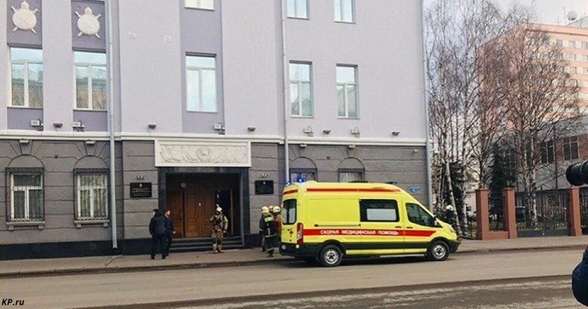 У здания ФСБ в Архангельске прогремел взрыв. 1 человек погиб Сибирский терроризм.