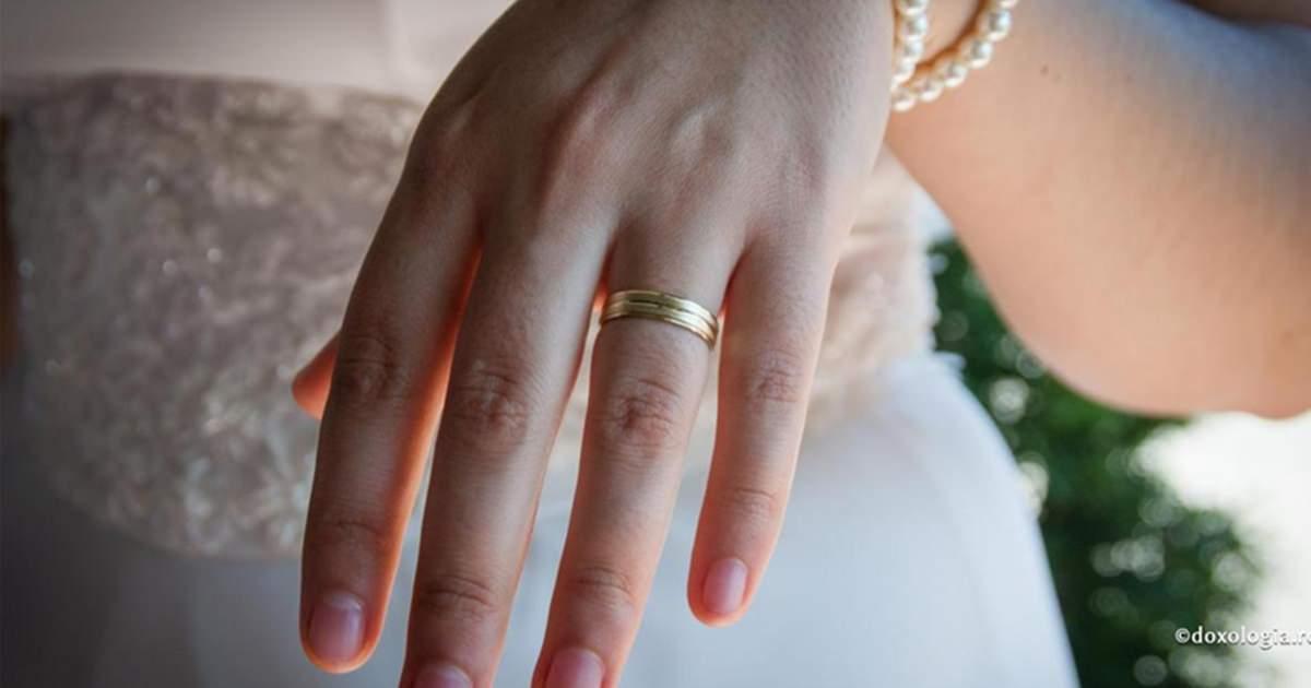Вот что нельзя делать с обручальным кольцом, если вы хотите красивый и счастливый брак За каждой приметой стоит опыт…