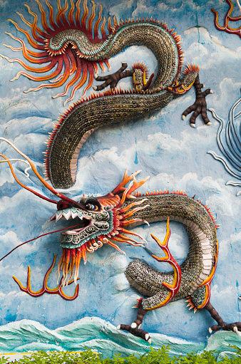 В китайском селе нашли скелет 18-метрового дракона! Вот фото и видео